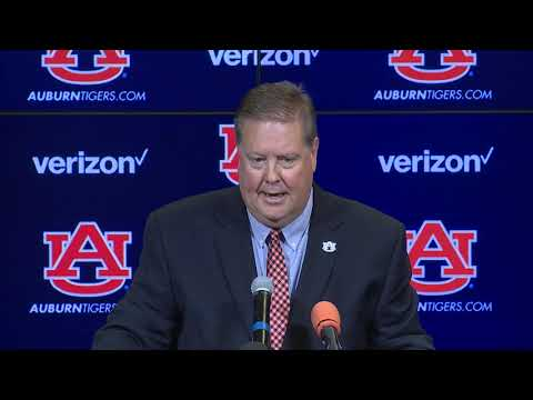 andy-burcham-introduced-as-voice-of-auburn-tigers