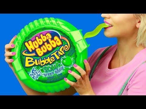 XXL Süßigkeiten vs Miniatur Süßigkeiten / 7 Lustige Streiche!
