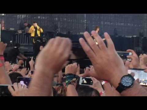 Vasco Rossi @Modena park Colpa d'Alfredo - inizio concerto