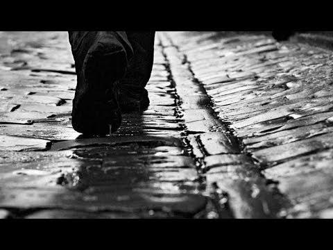 Erkam Aslanoğlu - (Necip Fazıl Kısakürek) Kaldırımlar