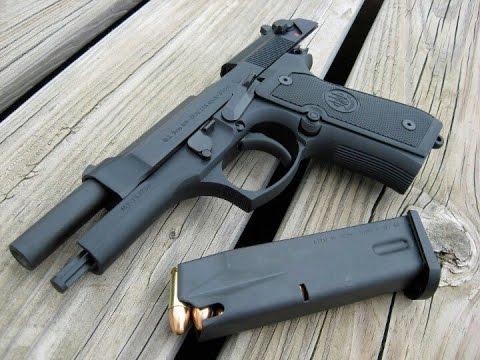 Beretta M9 Unboxing