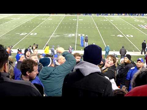 Giants Eagles Fans Fight