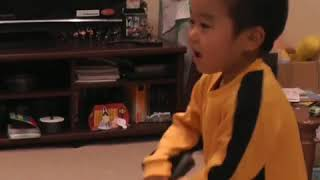 Memory ,first time(2014) 4years old Ryusei played nunchaku along with Bruce Lee's Game Of death