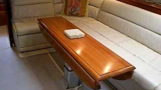 2004 Cruisers Yachts 540 Express.MP4