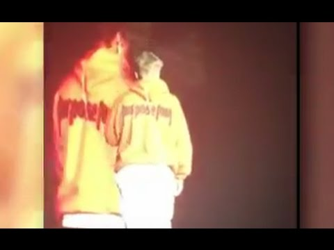 Justin Bieber Storms Off the Stage CAUGHT ON TAPE