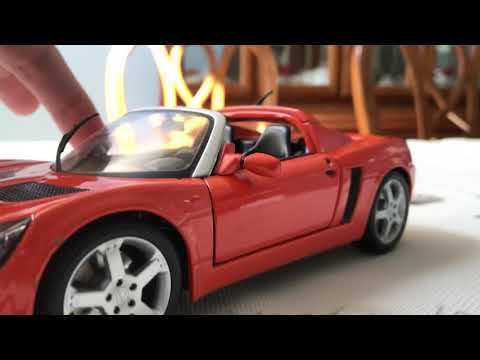 Review of Opel Speedster by Maisto (Scale 1/18)