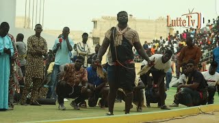 Intégralité touss de Sokh qui enflamme l'arène nationale contre Gamou Gueye...