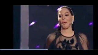 مفاجأة .. سقوط الفنانة إليسا على المسرح في برنامج x-factor