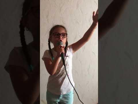 Coeurdonnier De Soprano Chanter Par Emma