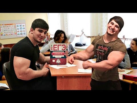 The Hulk from Chechnya! Schoolboy at 16 years is huge