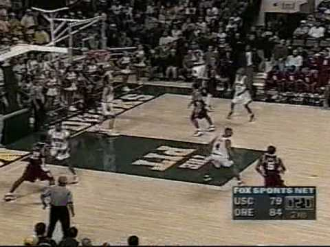 Greatest College Basketball Comeback of All Time (6 points in 2.8 seconds)