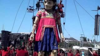 Royal de Luxe @ Nantes : El Xolo, le réveil des Géants