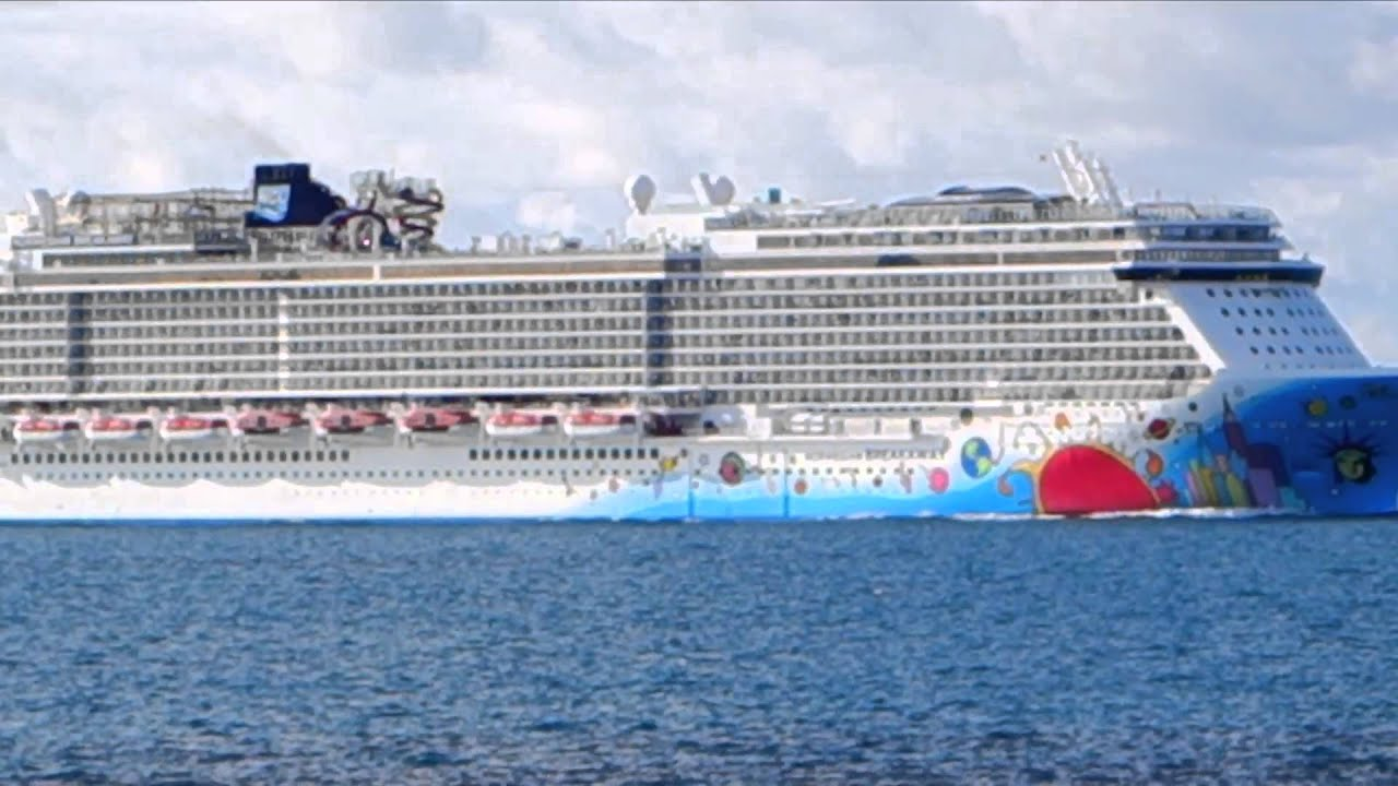Norwegian Breakaway Top 10 Largest Cruise Ships In The