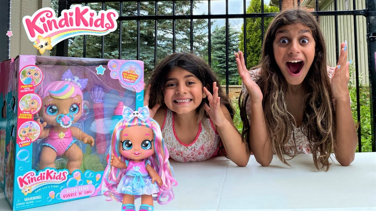 Deema and Sally with Surprise toys for kids stories