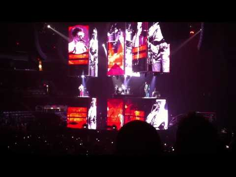 Muse Intro + Uprising Value City Arena Columbus Oct 12 2010