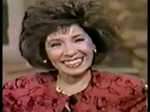 Shirley Bassey - Good Morning America Interview w/ Charles Gibson (1989 Live)