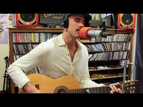 Rayland Baxter covers To Ramona by Bob Dylan - Live on Lightning 100