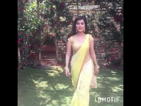 Sheena bajaj new in saree hot look with flying kiss 💋