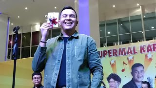 Tulus - Labirin ( Live at Amazing September Supermall Karawaci )