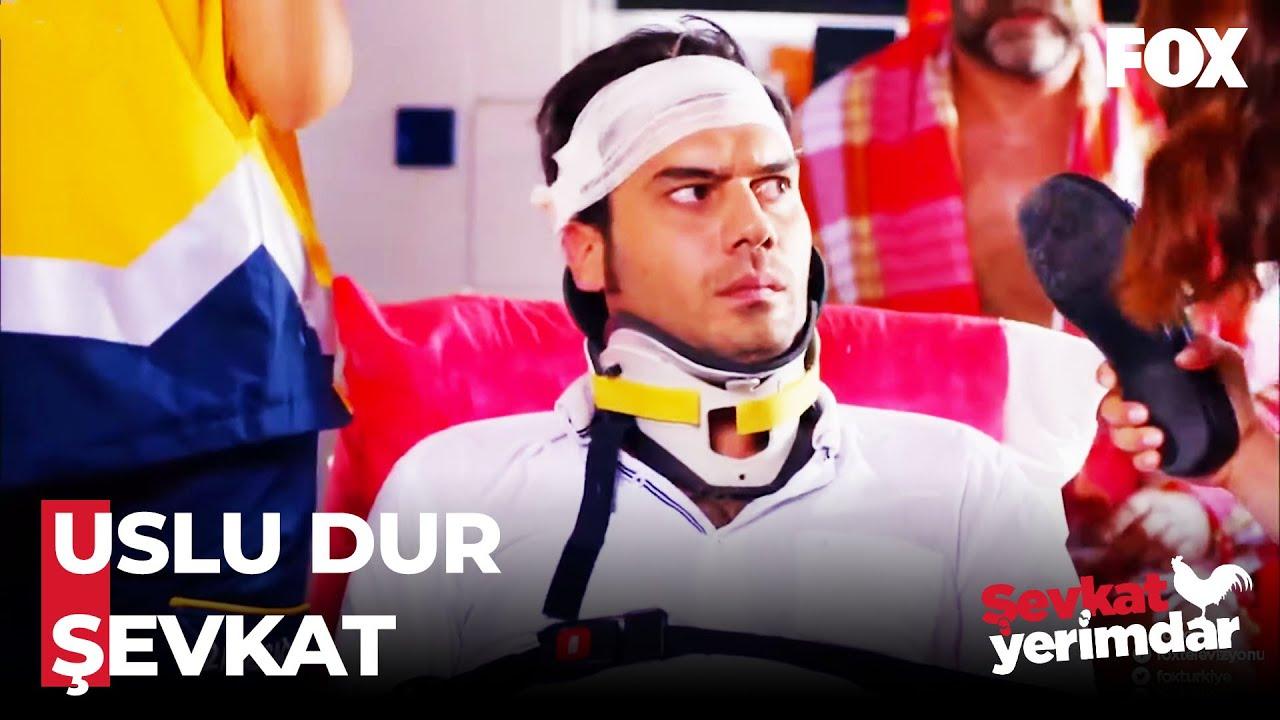 Download Esin, Şevkat'i Hastanelik Etti! - Şevkat Yerimdar 1. Bölüm