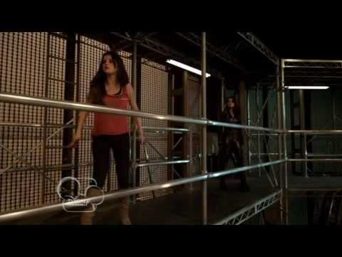 [HD] Alex Vs. Alex - Alex Fights With Her Evil Side (The Wizards Return- Alex Vs. Alex)