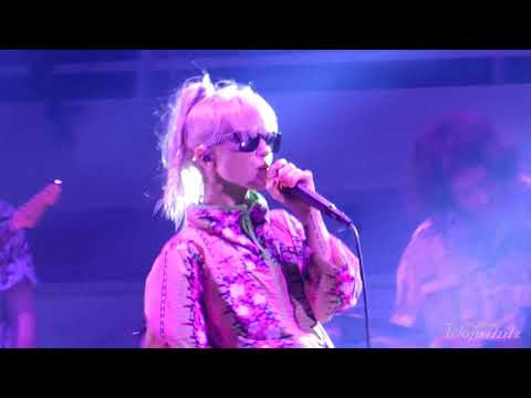 15/15 Paramore - Rose-Colored Boy/I Wanna Dance with Somebody Cover @ Parahoy (Show #1) 4/06/18