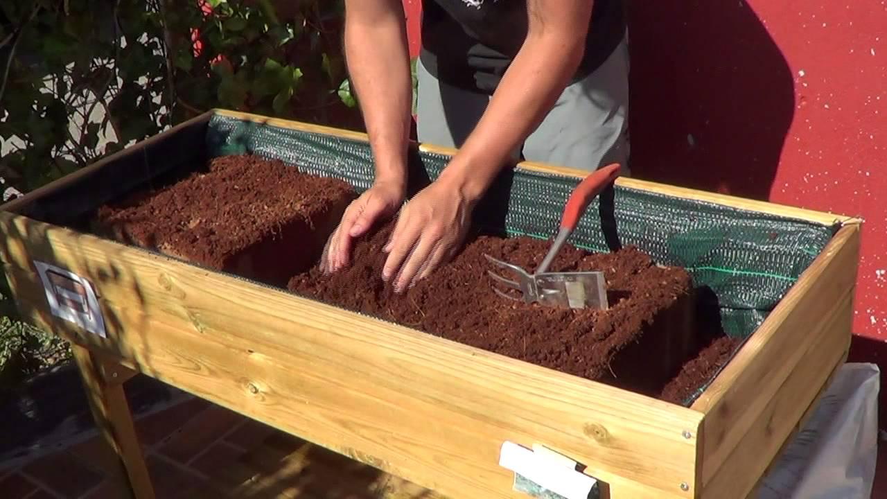Como preparar la mesa de cultivo huerto urbano la for Mesas de cultivo urbano
