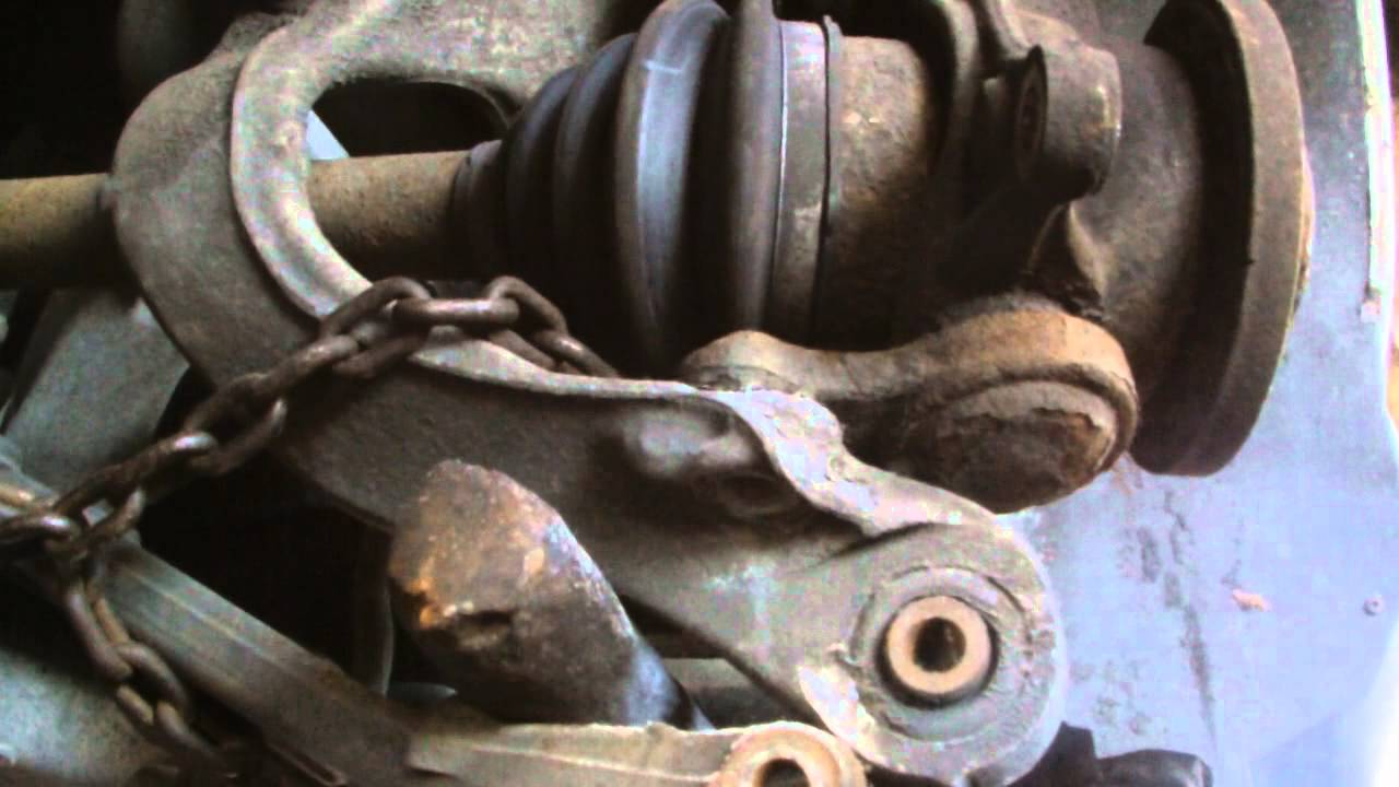 1990 Volvo 240 DL Ball Joint Replacement