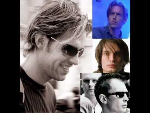 Muse vs Radiohead - Undisclosed Desires vs Paperbag Writer mp3