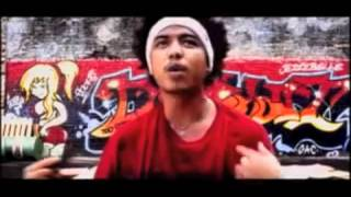 Too Phat Feat Innuendo - Jazebelle
