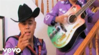 Los Cuates De Sinaloa — Me Haces Falta
