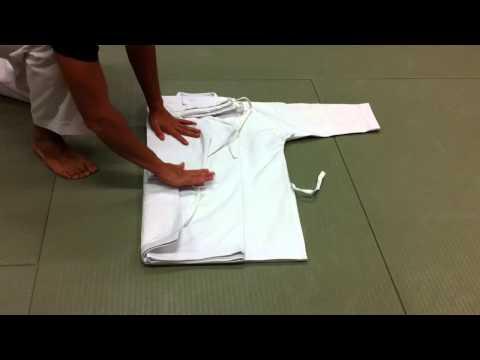 Comment plier son Kimono ? (Do-Gi, Karate-Gi, Judo-Gi...)