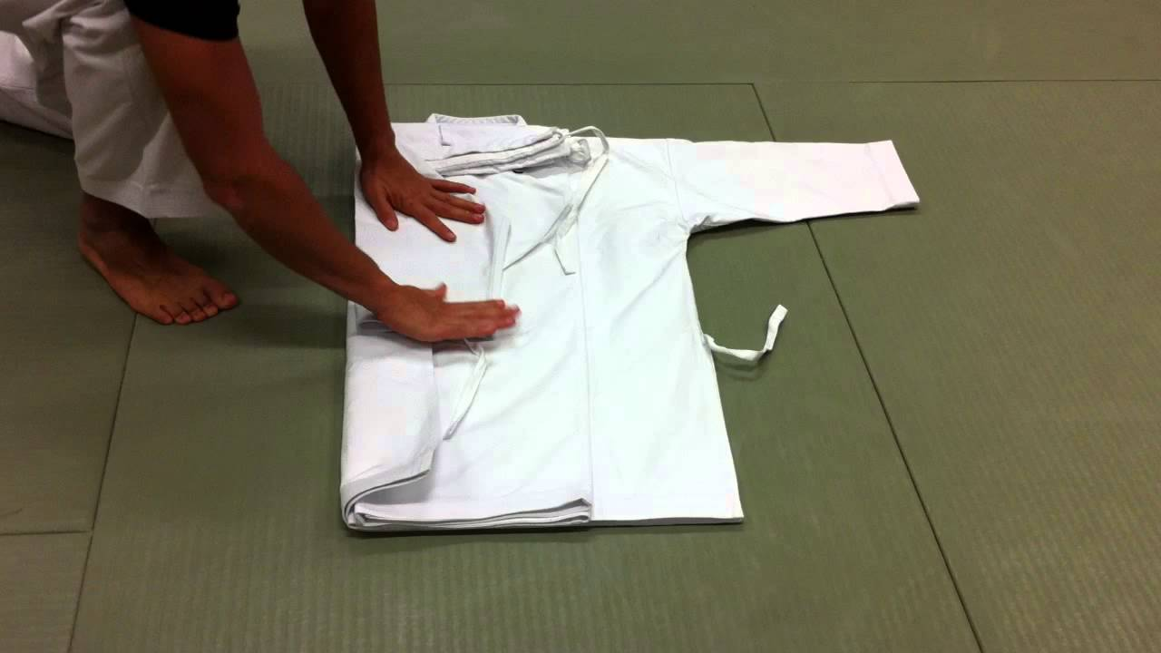 comment plier son kimono    do-gi  karate-gi  judo-gi