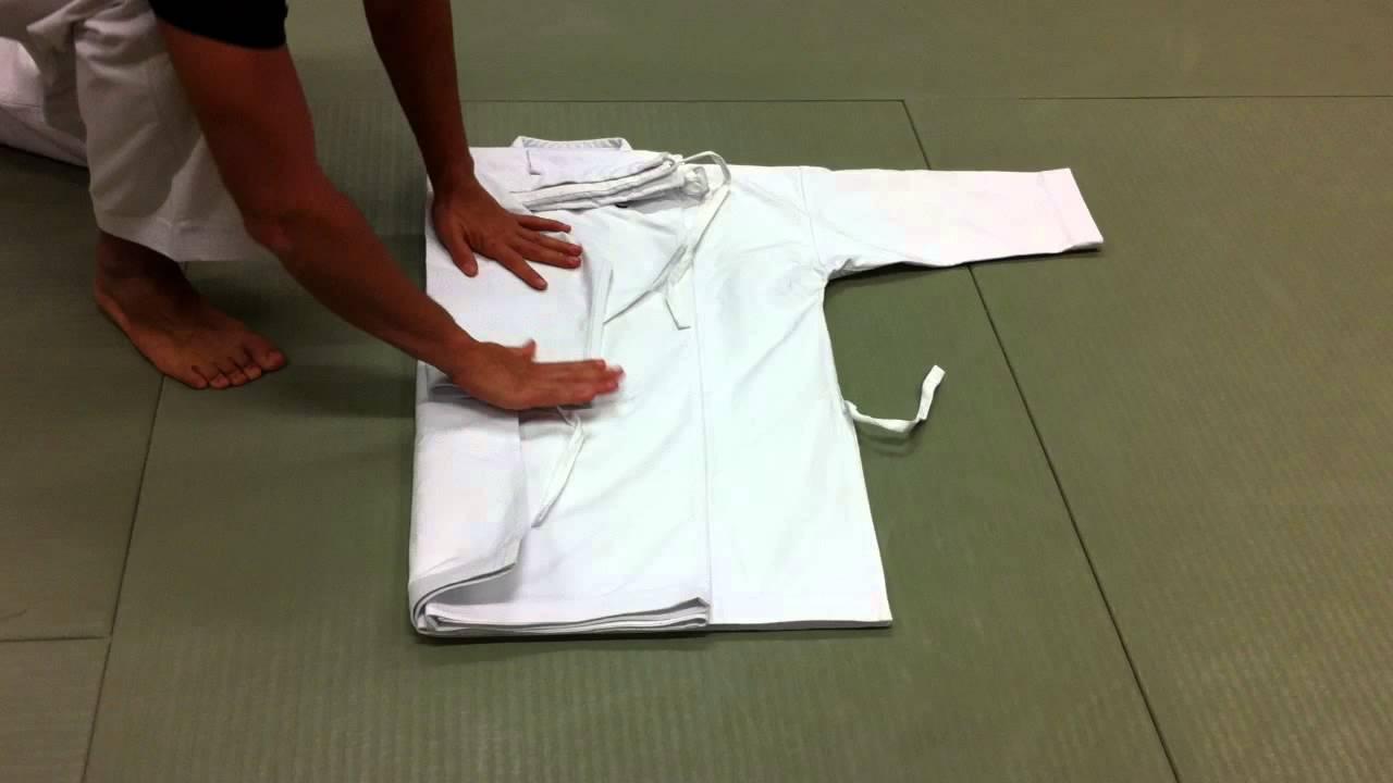 comment plier son kimono    do-gi  karate-gi  judo-gi