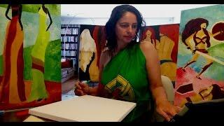 Adelaide Moça abraçada pela bandeira Portuguesa