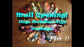 Mail Opening #5 - HUMONGOUS Package from Ebay! 20 Monster High Dolls! PART 1