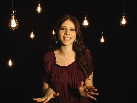 7 Things: Michelle Trachtenberg  video.WEEK.com