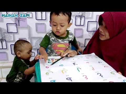 Lucunya Anak Umur 2 Tahun Belajar Huruf Hijaiyah Alif Ba Ta Tsa