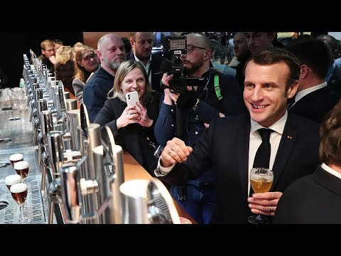 Macron Tells Farmers He Opposes Cuts To Agricultural Subisidies