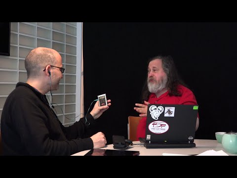 Richard Stallman: Apple fanboys are foolish people