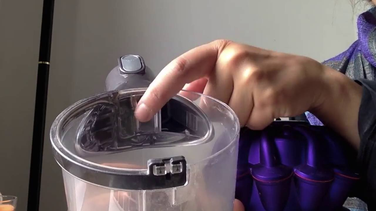 Dyson V6 Animal How To Empty And Replace The Dust Canister