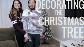Setting up our Christmas Tree! 2016 | Brittany O'Barr