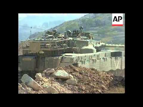 Israeli raid to arrest militants, Arafat meets envoy
