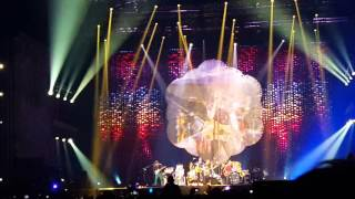 Coldplay -  Birds (Live in Lima, Estadio Nacional 05 de Abril)