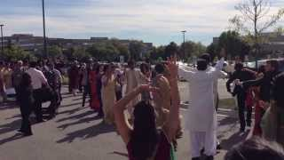 Baraat Dancing at Deepa & Nishant's Wedding(, 2013-09-26T06:18:45.000Z)