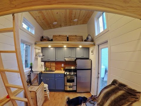 Tour This Tiny House With Built-In Storage For Toys