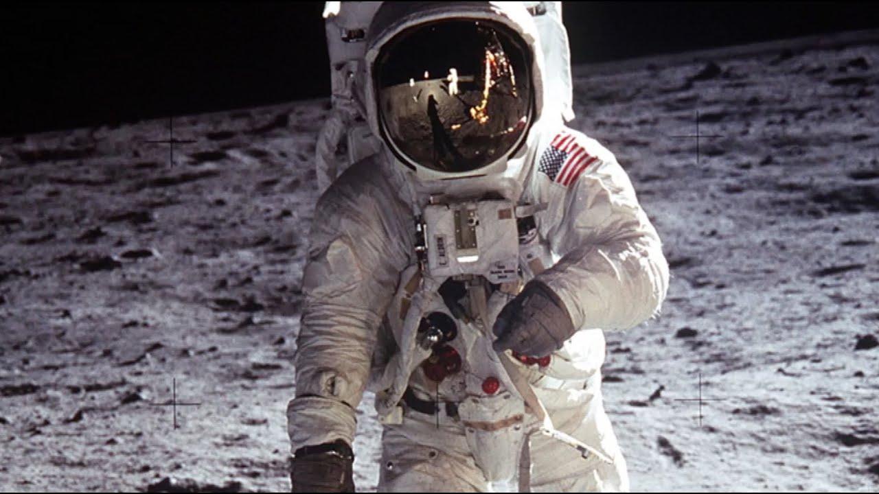 Start Apollo 11