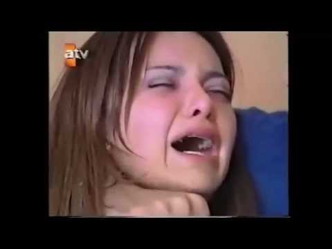 Esra Erol İnanılmaz Kilot Frikik from YouTube · Duration:  1 minutes 49 seconds