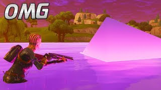 Touching the CUBE as it MELTS into Loot Lake.. (Fortnite Battle Royale)