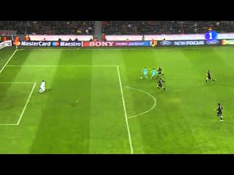 Bayer Leverkusen 1 - Barcelona 3. El gol de Alexis